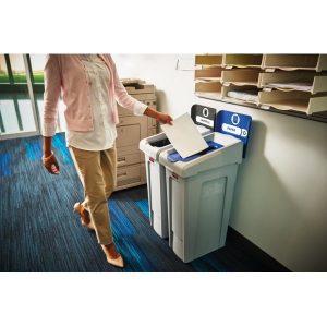 Stacja do segregacji odpadów Slim Jim w biurze