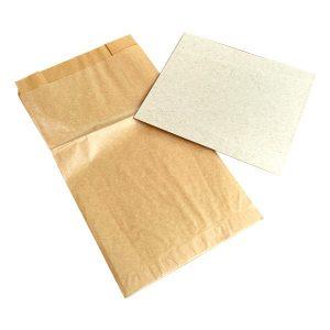 Papierowe zestawy higieniczne na psie odchody rozłożony